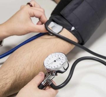 Se podrían evitar casi 4 muertes por hora en Argentina  teniendo la presión arterial bien controlada